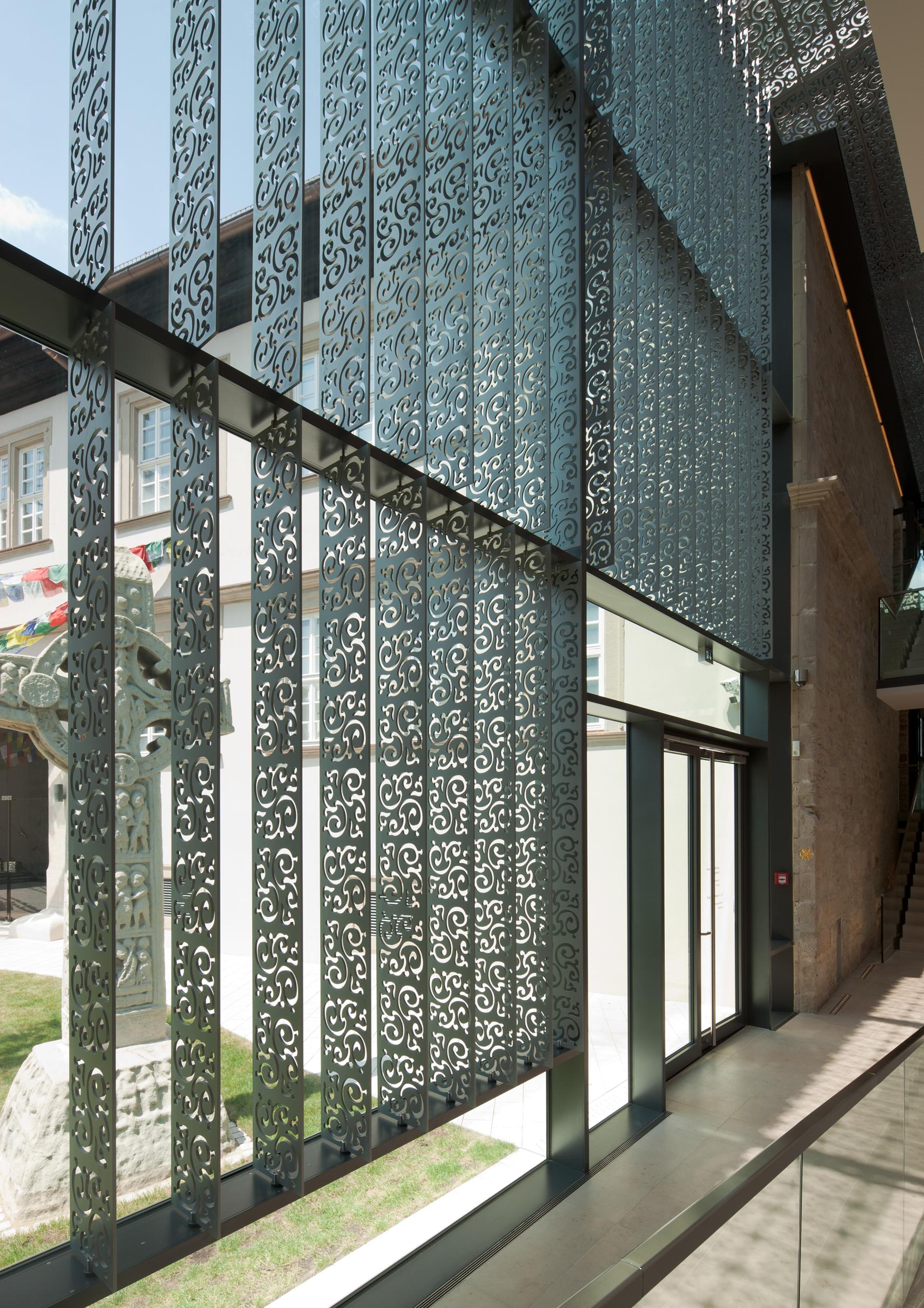 https://www.architektur-fassade.de/wp-content/uploads/2021/02/08509_KnaufMuseum02.jpg