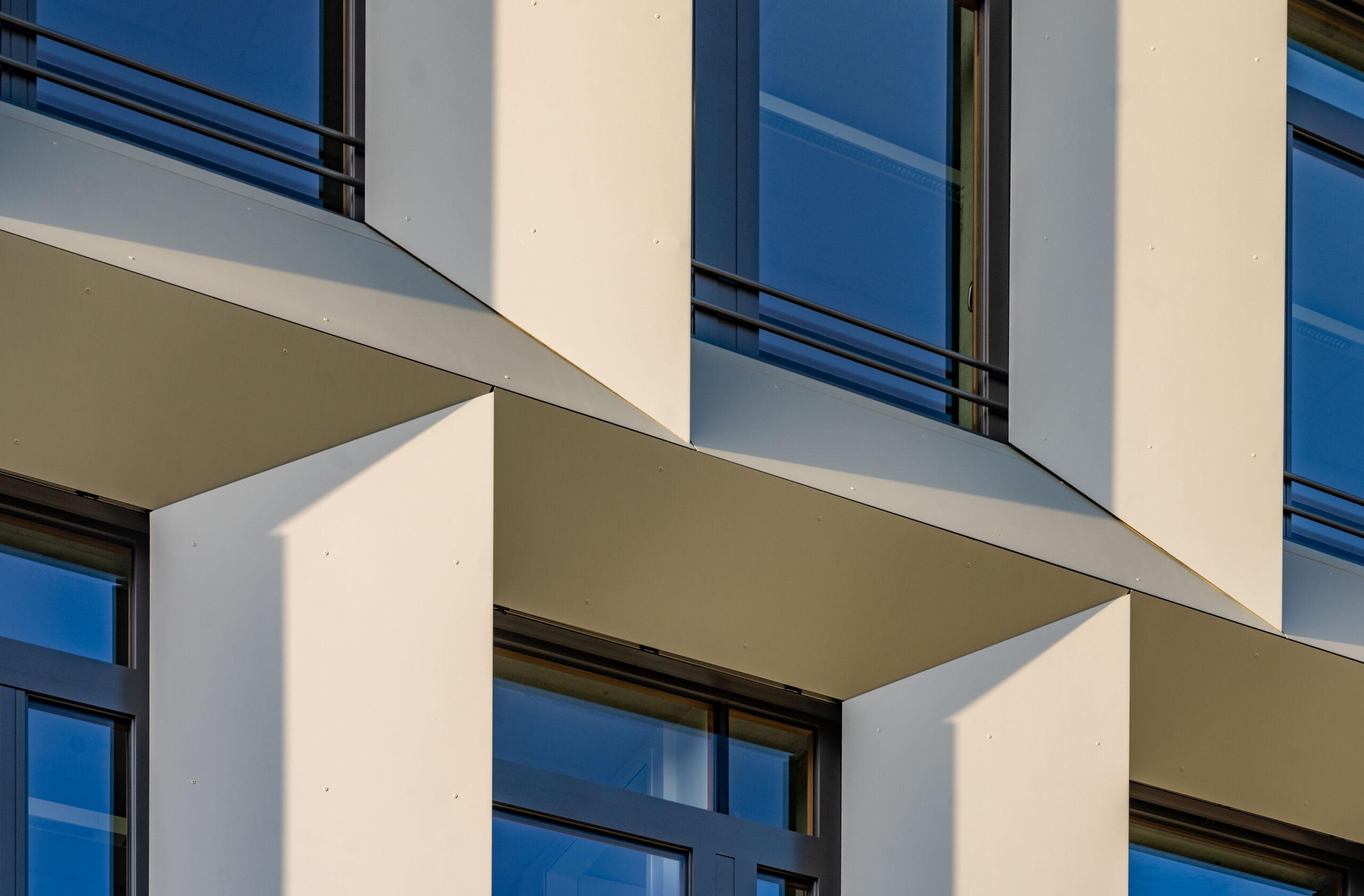 https://www.architektur-fassade.de/wp-content/uploads/2021/04/17109_BBZ03-scaled.jpg
